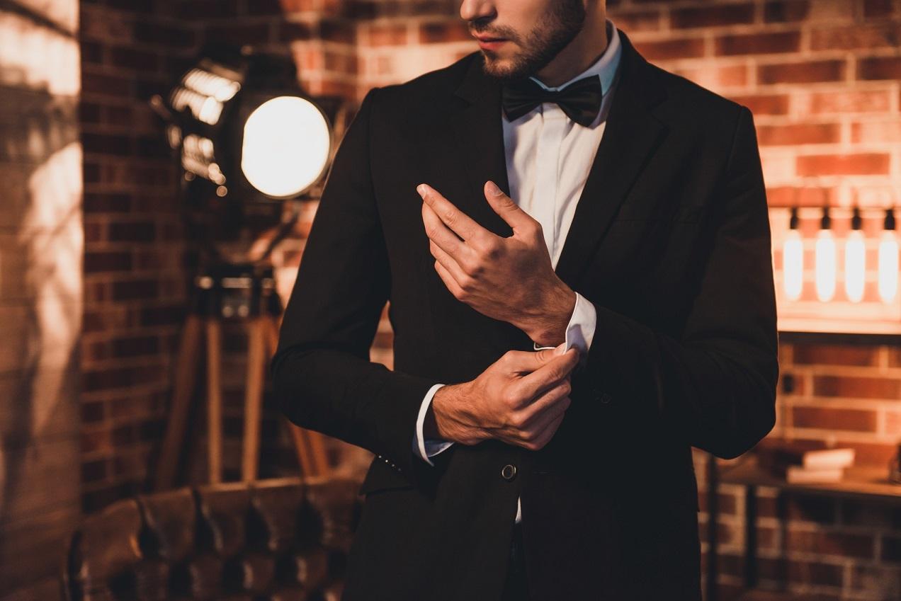 「あの人、素敵」と言われる男性になるために。身に着けておきたいファッションアイテム